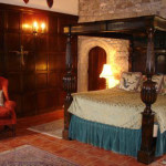 Tudor bed in a castle