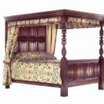 352 Linenfold Bed