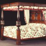 351 TUDOR bed